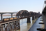 Railroads Photos - Union Pacific Locomotive Trains Riding Atop The Old Benicia-Martinez Train Bridge . 5D18849 by Wingsdomain Art and Photography