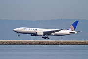 San Francisco Airport Posters - United Airlines Jet Airplane . 7D11794 Poster by Wingsdomain Art and Photography