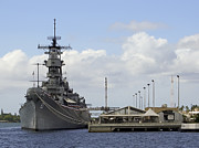 Battleship Photos - United States Battleship Missouri - Pearl Harbor Hawaii by Daniel Hagerman