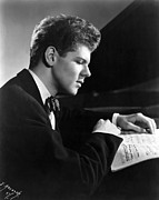 Sheet Framed Prints - Van Cliburn, 1954 Framed Print by Everett