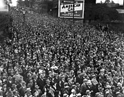 Billboard Signs Prints - Vast Crowd Listen To Franklin Roosevelt Print by Everett