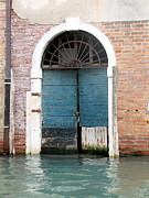Italian Art Metal Prints - Venetian door Metal Print by ITALIAN ART - Angelica
