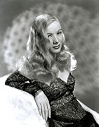 Black Lace Prints - Veronica Lake, Early 1940s Print by Everett