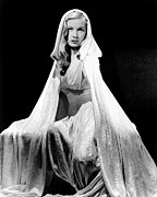 Lame Prints - Veronica Lake Glamour Portrait, Circa Print by Everett