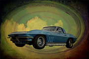 Corvette Stingray Framed Prints - Vette Framed Print by Bill Cannon