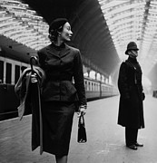 1950s Fashion Prints - Victoria Station, London, England Print by Everett