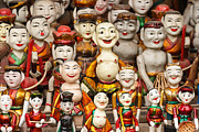 Happy Pyrography - Vietnam Clay figurine by Panya Jampatong