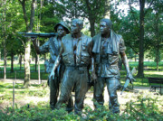 D Glass Art Prints - Vietnam War Memorial Statue Print by Daniel Hebard