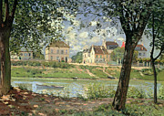 Riviere Paintings - Villeneuve la Garenne by Alfred Sisley