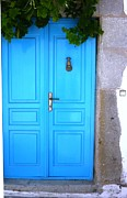 Greece Prints - Vine Over Door Print by Therese Alcorn