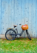 Leaning Building Photos - Vintage Bicycle with Basket by Jill Battaglia