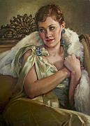 Pastel Paintings - Vintage Glamour by Jean Hildebrant