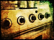Iphoneonly Art - Vintage Oven by Jaclyn Dilling