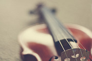Musical Photos - Violin by JuliaMariePhotographie