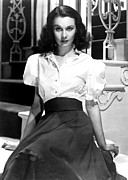 Short Skirt Prints - Vivien Leigh, Portrait Print by Everett