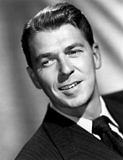 1947 Movies Photos - Voice Of The Turtle, Ronald Reagan, 1947 by Everett