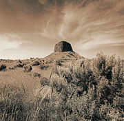 Volcanic Peak, Central Oregon, Usa Print by Mel Curtis