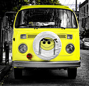 Hippie Prints - Volkswagon Hippie Bus Print by Bill Cannon