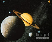 NASA / Science Source - Voyager I Composite Of Saturn & Six