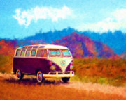 Marilyn Sholin Digital Art Prints - VW Van Classic Print by Marilyn Sholin