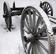 Linda Drown - Wagon Wheels in Snow