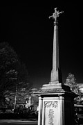 Derbyshire Cross Prints - war memorial cenotaph with high cross in rutland square Bakewell market town in the high Peak Print by Joe Fox