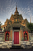 Siamese Photo Prints - Wat pho Print by Buchachon Petthanya