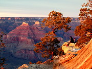 Ledge Photos - Watching the Sun Set on the Grand Canyon by Cindy Wright