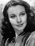 1940 Movies Photos - Waterloo Bridge, Vivien Leigh, 1940 by Everett