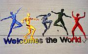 Ballet Dancers Photo Prints - Welcomes the World Mural Print by Steve Ohlsen