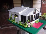 House Sculptures - Wendys Cottage Birdhouse by Gordon Wendling