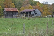 Virginia Ruins Photos - West Virginia Barn 3211 by Michael Peychich