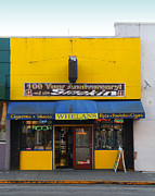 University Of California At Berkeley Metal Prints - Whelans Smoke Shop On Bancroft Way In Berkeley California  . 7D10170 Metal Print by Wingsdomain Art and Photography