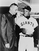 Willie Mays Framed Prints - Willie Mays Talks To Sportscaster Framed Print by Everett