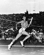 Footrace Framed Prints - Wilma Rudolph (1940-1994) Framed Print by Granger