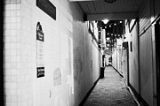 Narrow Streets Prints - Wilsons Court One Of The Entries Oldest Streets In Belfast Northern Ireland Uk United Kingdom Print by Joe Fox