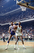Los Angeles Lakers Metal Prints - Wilt Chamberlain (1936-1999) Metal Print by Granger