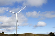 Renewable Prints - Wind turbine  Print by Les Cunliffe