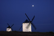 Campo Posters - Windmills At Night Poster by Israel Gutiérrez Photography