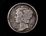 Coins Digital Art - Winged Liberty Mercury Silver Dime Coin by Randy Steele
