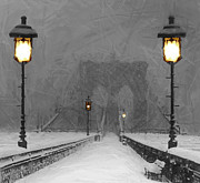 Brooklyn Bridge Painting Posters - Winter in Brooklyn Poster by Stefan Kuhn