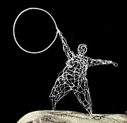 Steel Sculptures - Wire Lady Holding Hoop by Tommy  Urbans
