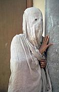 Cotton Muslin Prints - Woman in Purdah Print by Carl Purcell