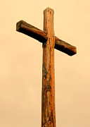 Wooden Cross Print by Cindy Wright