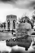 Sculpture Greeting Cards Framed Prints - World War II Memorial I Framed Print by Steven Ainsworth