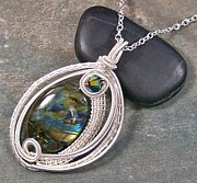 Silver Turquoise Jewelry - Woven Oval Labradorite and Silver Pendant by Heather Jordan