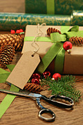 Background Art - Wrapping gifts for the holidays by Sandra Cunningham