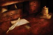 Mike Savad - Writer - The Writers Desk