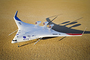 X-plane Prints - X-48b Blended Wing Body Aircraft Model Print by Robert Ferguson, Nasa