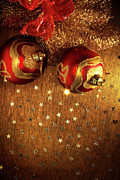 Orange Ball Prints - Xmas Balls Print by Carlos Caetano